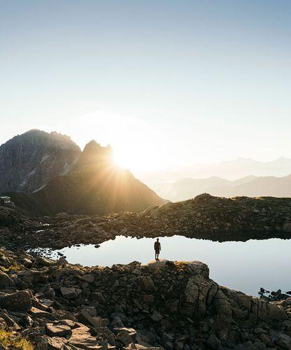 Landschaftsbild mit Stubaier Bergsee Alfaier